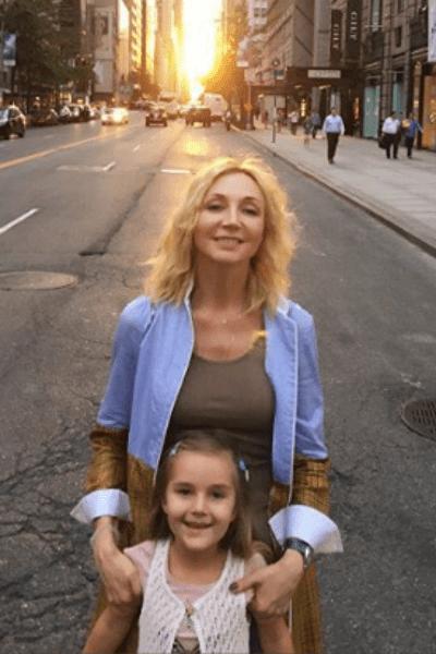 Кристина Орбакайте с дочерью в Нью-Йорке