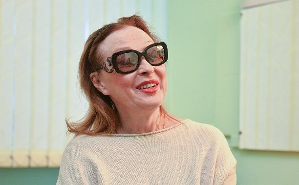 Лариса Ивановна является академиком российской национальной кинематографической премии «Ника»