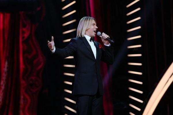 За плечами Олега Лозы — участие во многих академических вокальных конкурсах
