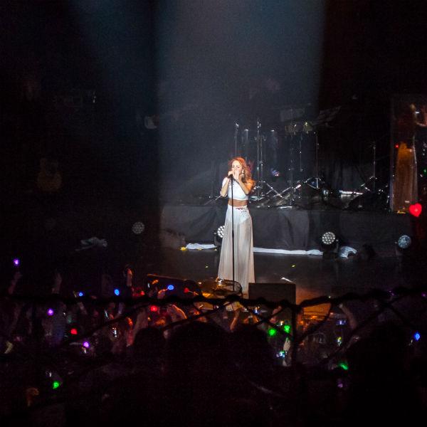 Артистка исполнила свои хиты и новые композиции