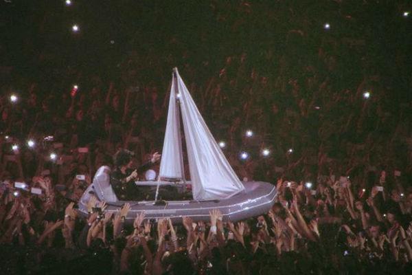 Концерты Земфиры в Москве собрали более 60 тысяч человек