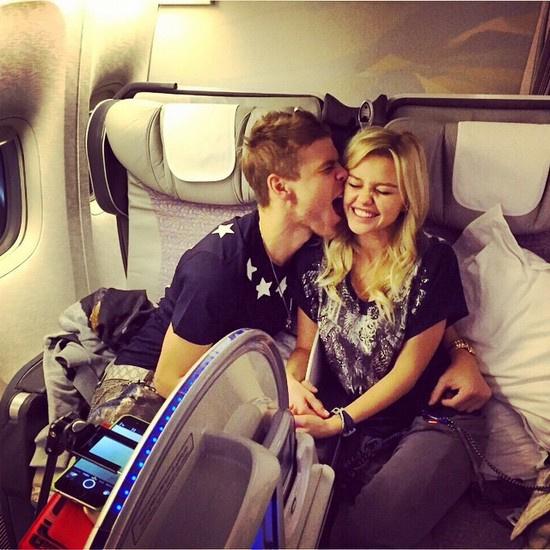По некоторым данным, Кокорин и Валитова хотели сыграть пышную свадьбу, но отложили ее из-за скандала, разгоревшегося после вечеринки в Монако