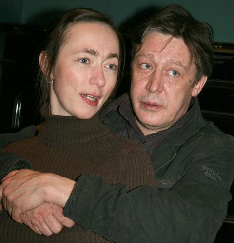 Михаил Ефремов обвенчался с женой