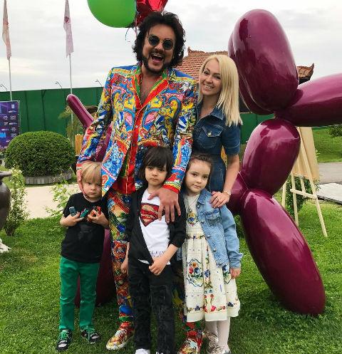 Филипп Киркоров устроил грандиозную вечеринку для сына