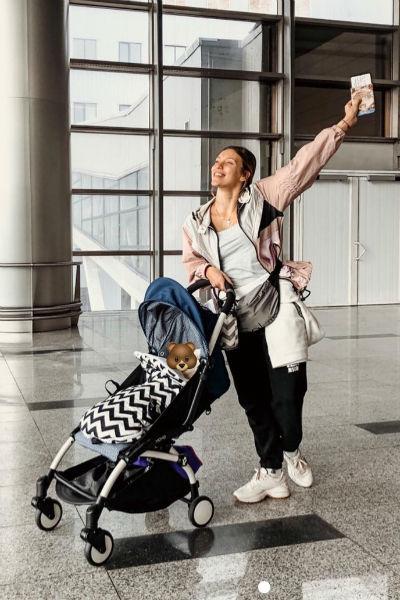 Недавно Регина летала вместе с ребенком в Арабские Эмираты