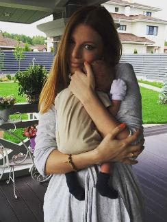 Наталья Подольская с маленьким сыном Артемом
