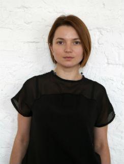 Юлия Клименкова, ведущий стилист Сloud Nine & Oribe