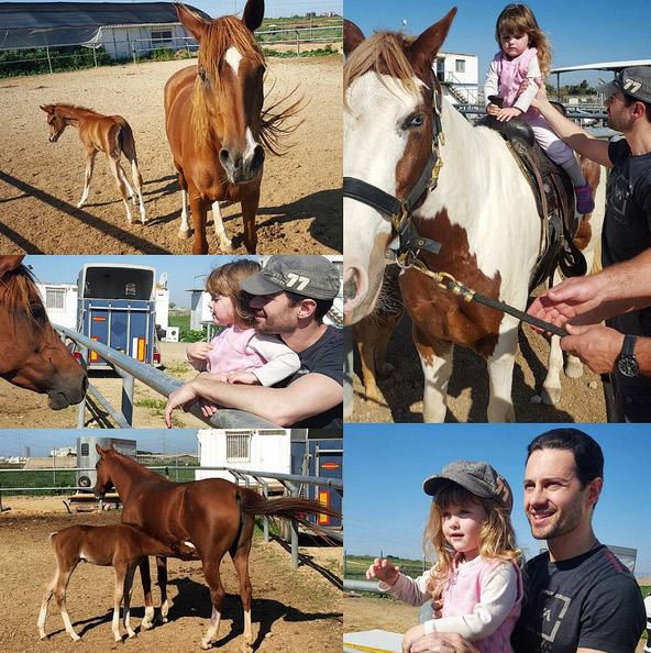 Маленькая Маша не в первый раз катается на лошади