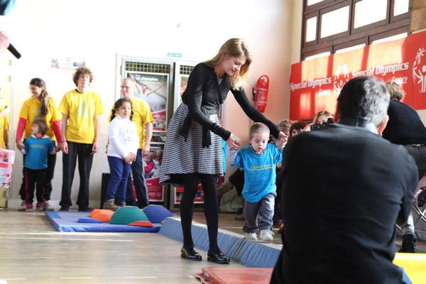 Наташа с удовольствием играла с детьми