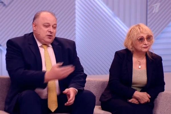 Адвокат Александр Толмачев считает, что вся эта ситуация - не более, чем разборки между бизнесменами