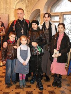 Иван Охлобыстин в кругу семьи.