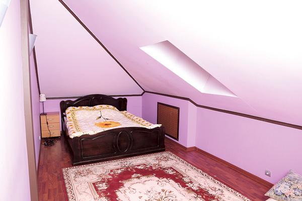В этой комнате будет жить одна из дочерей невесты Пенкина