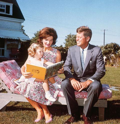 Джон и Жаклин перед публикой представали идеальной семьей