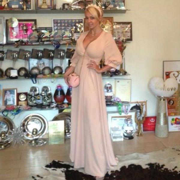 Для торжественного мероприятия Рудковская выбрала платье от Valentino