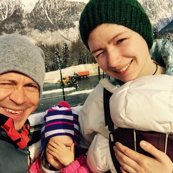 Теперь Павел Деревянко - счастливый отец двоих детей