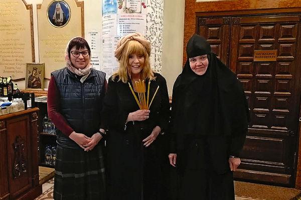 Алла Пугачева часто посещает храмы и святые места