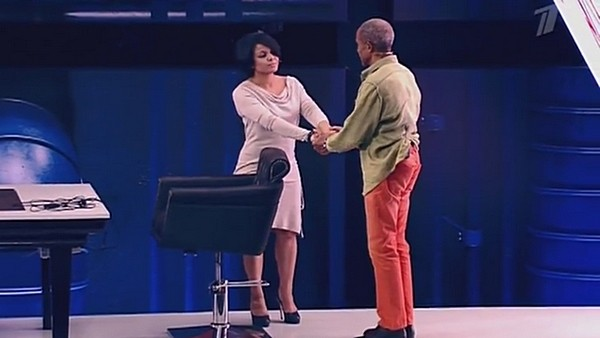 В финале передачи Вэйланд и Анастасия попытались помириться