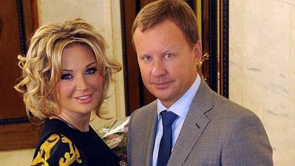 Бракосочетание Марии Максаковой и Дениса Вороненкова состоялось в марте 2015 года