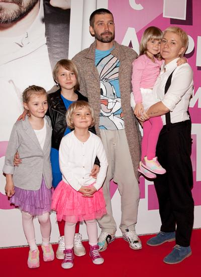 У Кристовских четверо детей, и все дочки!