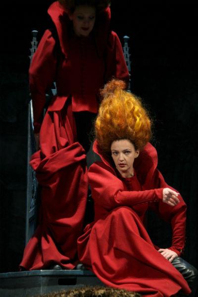 Ирина Леонова в спектакле «Король Лир»