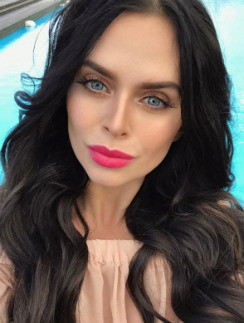 Виктория Романец