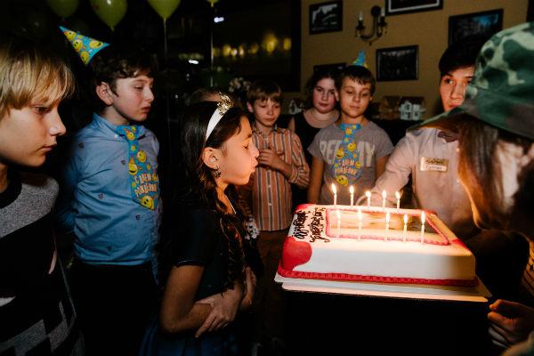 Эмма отметила 10-летний юбилей в кругу друзей и семьи