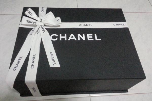 Никаких трудностей в произнесении названия марки не вызывает, пожалуй, только бренд Chanel