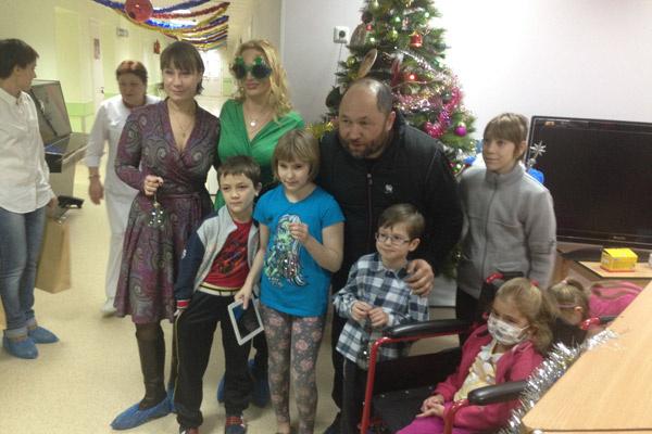 Третьей серией «Елок» дети отделения клинической иммунологии российской детской больницы остались довольны