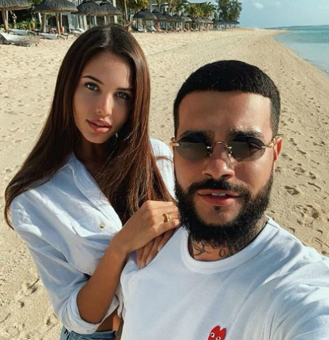 Тимати и Анастасия Решетова с кольцом