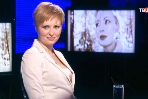 Елена Ксенофонтова сохранила хорошие отношения с первым мужем