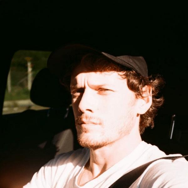 Антон за рулем своего автомобиля