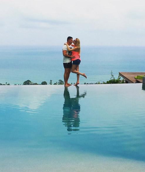 В Таиланде супруги Пынзарь устроили романтическую фотосессию