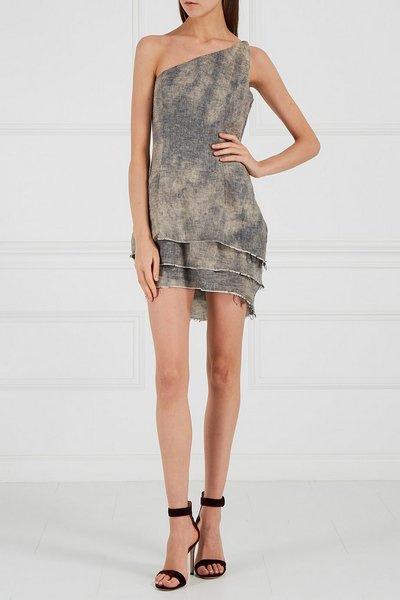 Серое платье известного американского бренда