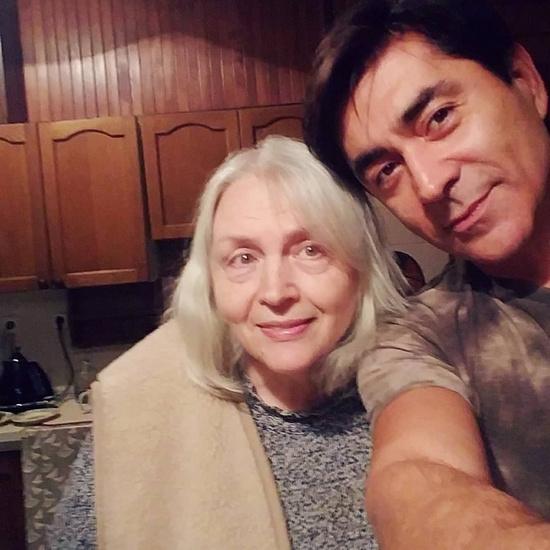 Степан Джигарханян с матерью Татьяной Власовой