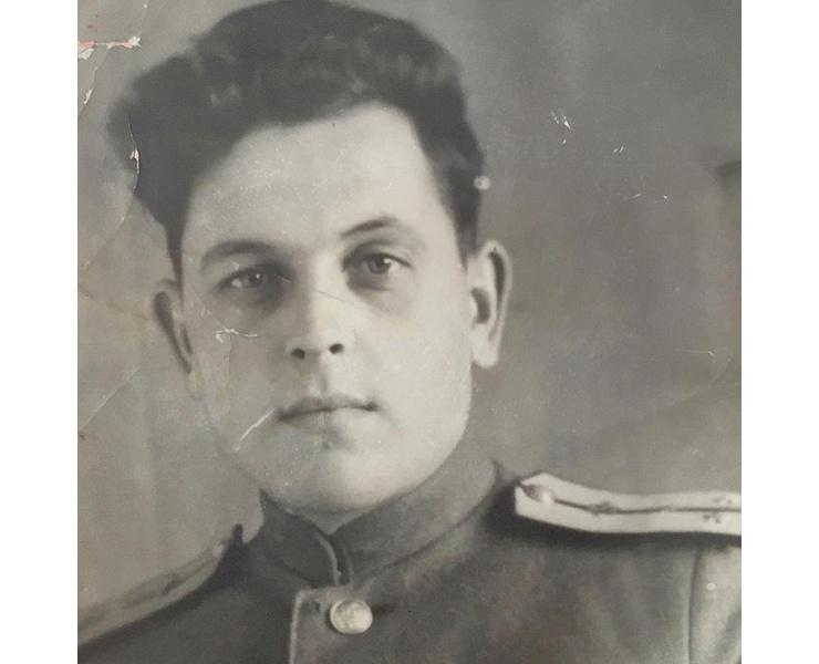 Дед Ксении Алферовой