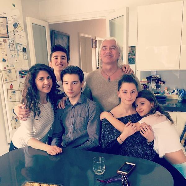 Семья Хворостовских очень дружна