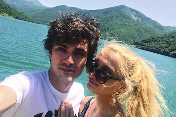 Пара часто отдыхает за границей