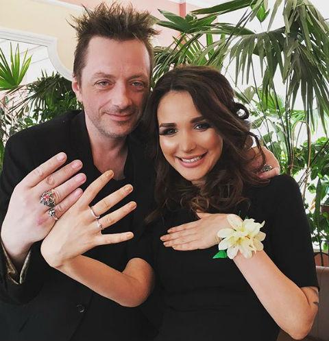 Глеб Самойлов женился на своей девушке