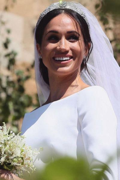 К алтарю невесту отвел отец жениха, принц Чарльз