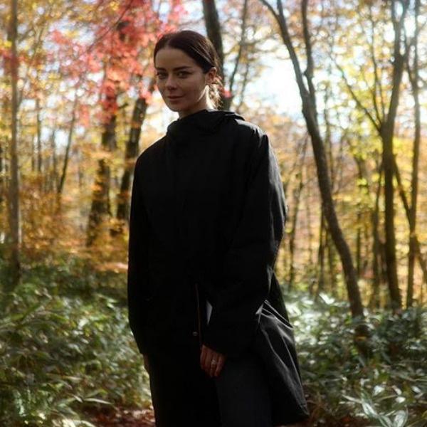 Марина Александрова наслаждается прогулками на природе