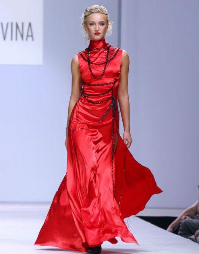 Неделя моды в Москве. Коллекция NADIA SLAVINA - DRESS CODE в 2010 году.