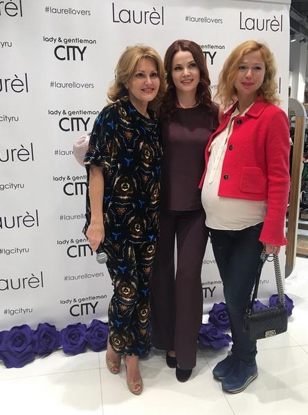 Елена Захарова на открытии корнера модного бренда