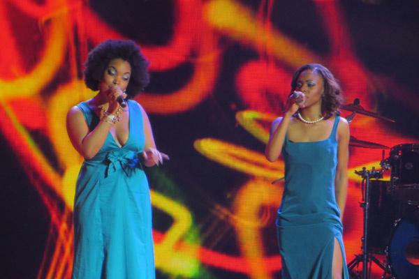 2 место- представительница Ямайки- Седрина Шари (слева)