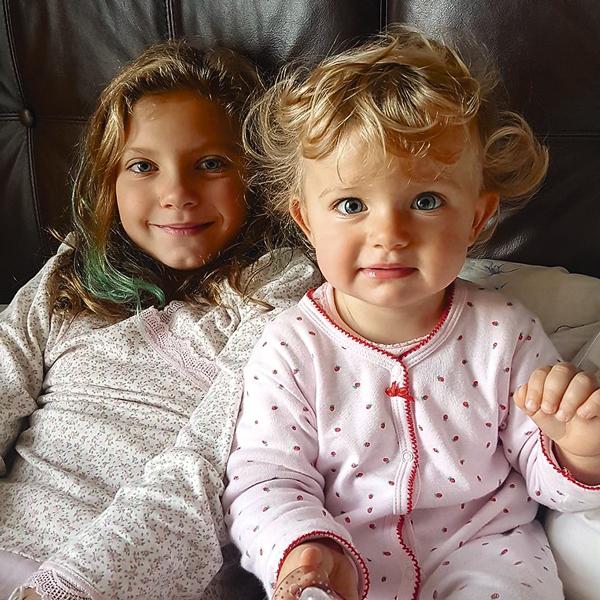 Дочери артиста – 8-летняя Оля и полуторагодовалая Зоя
