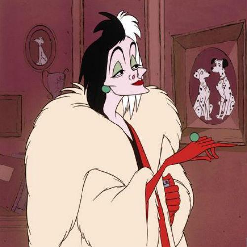 "Круэлла де Виль, кадр из мультфильма ""101 долматинец"""