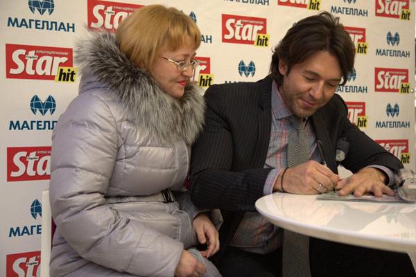 Без автографа не ушел никто