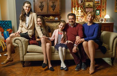 Девиз сериала: «Дочки- дочки, хочу сыночка»