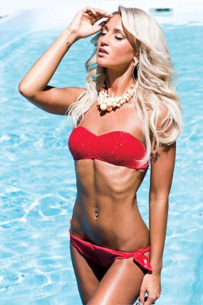 К отдыху в теплых странах Ольга Бузова приводит тело к идеальному для нее весу – 55 килограммов