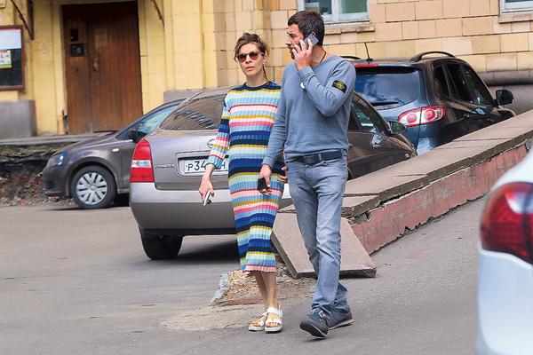 Денис и Елена вместе около двух лет