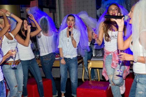 На своем девичнике Ксения Бородина исполняла любимые хит
